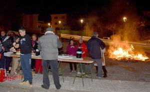Baza se prepara para celebrar Santa Lucía con las tradicionales hogueras