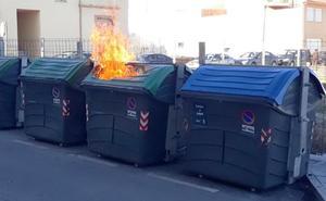 El Ayuntamiento de Baza trata de evitar los incendios de contenedores