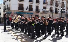 Centenares de oscenses participan de las actividades del Día de Andalucía