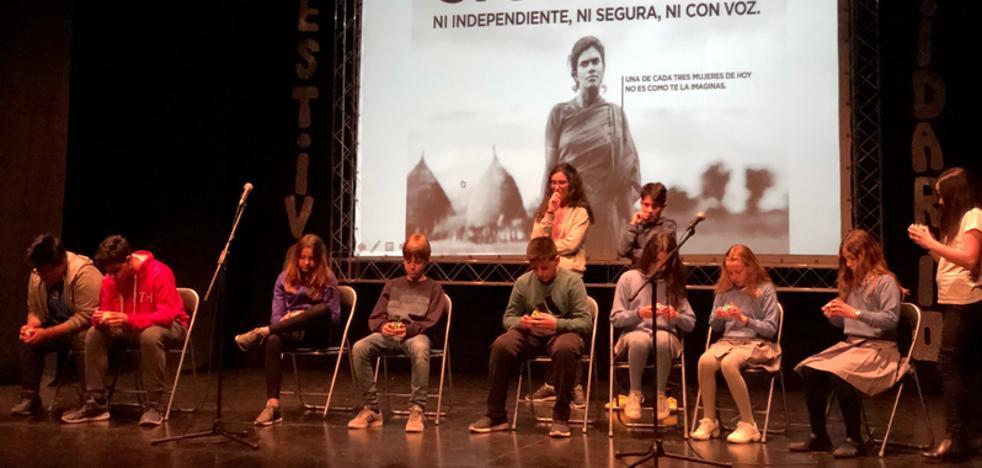 El colegio de la Presentación de Baza recauda 2.975 euros para Manos Unidas