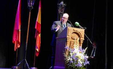 Juan Antonio Díaz pregona con maestría la Semana Santa de Baza
