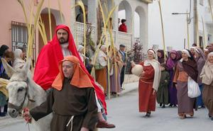 Con la entrada triunfal a Jerusalén comienza la Semana Santa Viviente de Cuevas del Campo