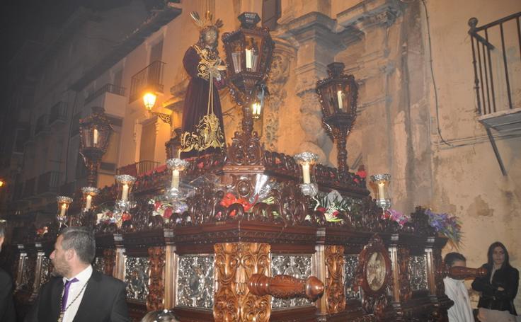 Jesús del Rescate procesiona en el 70 aniversario de su llegaba a Baza