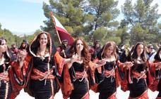Benamaurel se llena de colorido y música en las fiestas de Moros y Cristianos