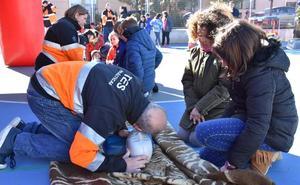 Bomberos y Protección Civil de Baza forman a 2.400 personas en emergencias