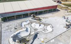 Diputación y Ayuntamiento invierten 90.000 euros para el Skate Park de Baza