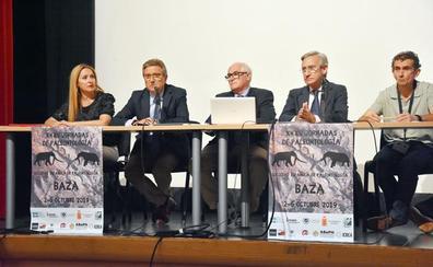 Baza acoge el Congreso Nacional de Paleontología