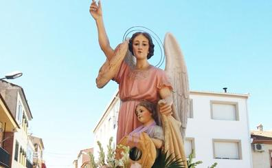 Los vecinos de Zújar se reparten 9.000 roscas del Santo