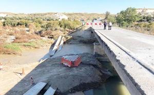 El Ejército instalará «de inmediato» un puente sobre el río de Baza