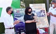 El Open de Tenis de Baza entrega mil kilos de alimentos a Cáritas