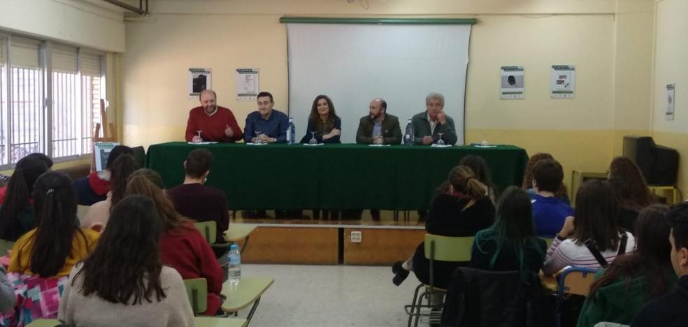 Una muestra sobre los derechos humanos inicia en Cazorla su gira