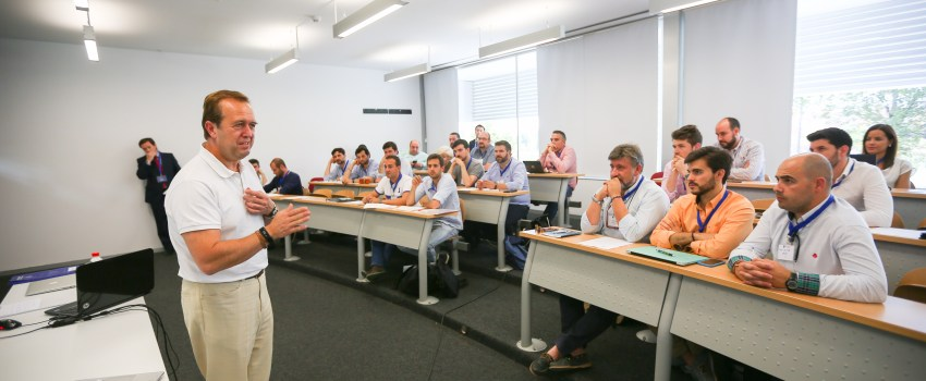 Academy de Alhambra Venture