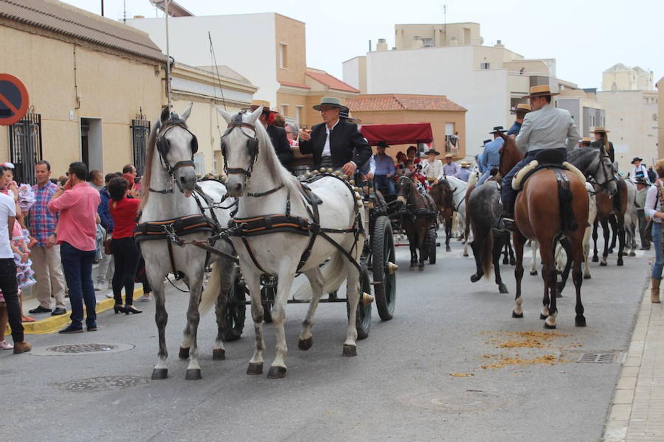 Música, risas y buen ambiente en la procesión romería de San Marcos en El Ejido