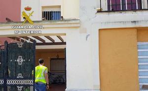 Detenida por alquilar sin contrato una casa ocupada de un banco a inmigrantes sin papeles