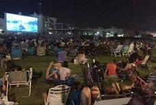 Los ejidenses disfrutan del cine de verano al aire libre con 35 proyecciones