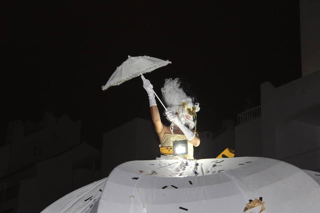 Almerimar vive su VII Noche en Vela