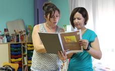 El Hospital de Poniente publica una guía sobre cuidados en asma infantil