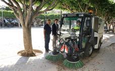 El servicio de limpieza pone en funcionamiento nueva maquinaria