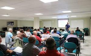 El Ayuntamiento realiza un curso de deshabituación tabáquica con sus empleados