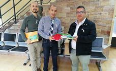 Ciudadanos entrega al Ayuntamiento el material recogido de 'Dibujando sonrisas'