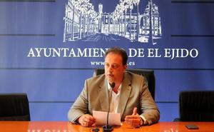El gobierno local arremete contra la política hídrica del PSOE