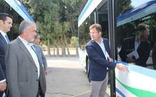 El Ayuntamiento incorpora ocho autobuses al transporte urbano