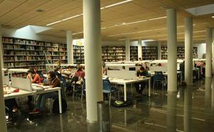 La biblioteca central amplía su horario para abril, mayo y junio