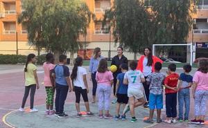 Más de un centenar de niños participan del proyecto de 'Patios Abiertos'