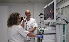 El Poniente inicia una nueva técnica menos invasiva para detectar el cáncer de pulmón