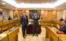 Francisco Góngora es investido alcalde tras el pacto alcanzado por PP y Vox