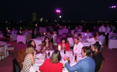 El Teatro Comestible vuelve a superarse con una cena 'de película' sobre el mar