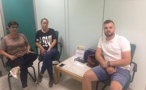 Los cuatro balermeros encerrados en Costas cumplen más de 24 horas sin comer pero siguen firmes