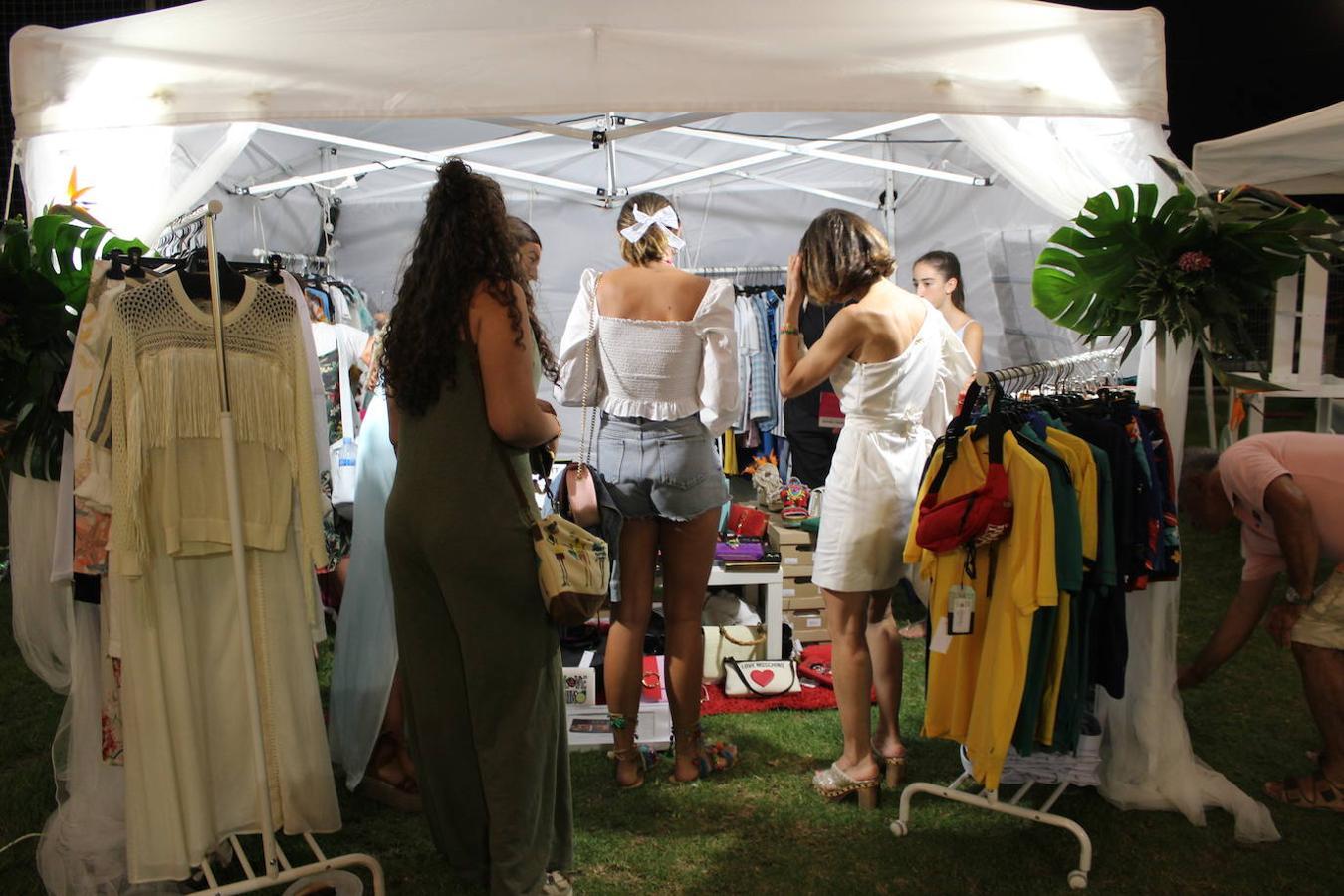 Almerimar disfruta el fin de semana de su III Sun Market