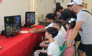 Santa María del Águila vive una intensa jornada de videojuegos