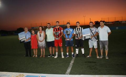 El CD El Ejido vence a la PD Garrucha y al At. Pulpileño y gana el Trofeo Villa de Garrucha