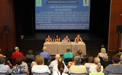 La Unidad de Estancias Diurnas de la Residencia Ciudad de El Ejido habla de alzheimer