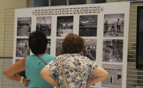 Agricultura y regadío en una muestra fotográfica en el Patio de Luces del Ayuntamiento