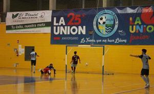El CD El Ejido Futsal golea y ya es líder en solitario