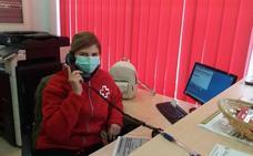 El teléfono se convierte en medicina contra la soledad frente al COVID-19
