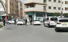 Detenido un hombre de 35 años por enfrentarse y amenazar a agentes de la Policía Local de El Ejido