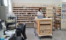 La calidad del área de Farmacia del Hospital de Poniente recibe su reconocimiento