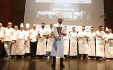 El malagueño Juan Carlos Reyes levanta la Copa Andalucía de Cocina en Granada Gourmet