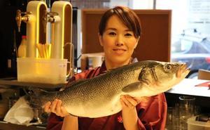 «Aquí gustan los platos más salados que en Japón, he aprendido a potenciarlos»