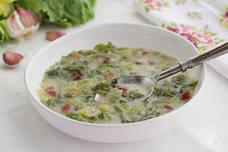 Sopa de escarola, un plato de cuchara fácil