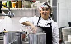 «Estamos perdiendo la cocina granadina porque exportamos sólo las tapas»