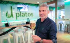 El jefe de sala de D'platos Serrallo: «¿Estamos frenando la evolucion gastronómica?»