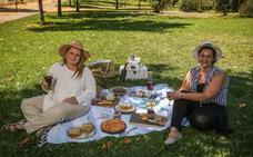 La magia de comer al aire libre en Granada