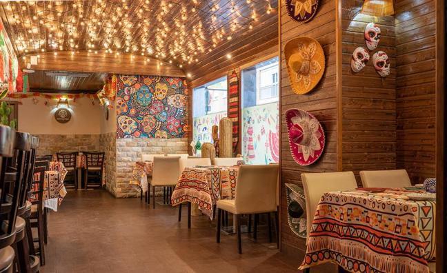 Dale una oportunidad a la comida mexicana en el restaurante Antojitos con Degusta Granada