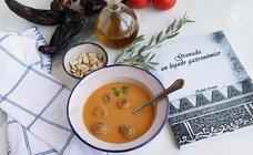 Sopa de panecillos inspirada en la tradición granadina
