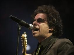 Andr�s Calamaro lanzar�n su disco 'On the rock' en junio